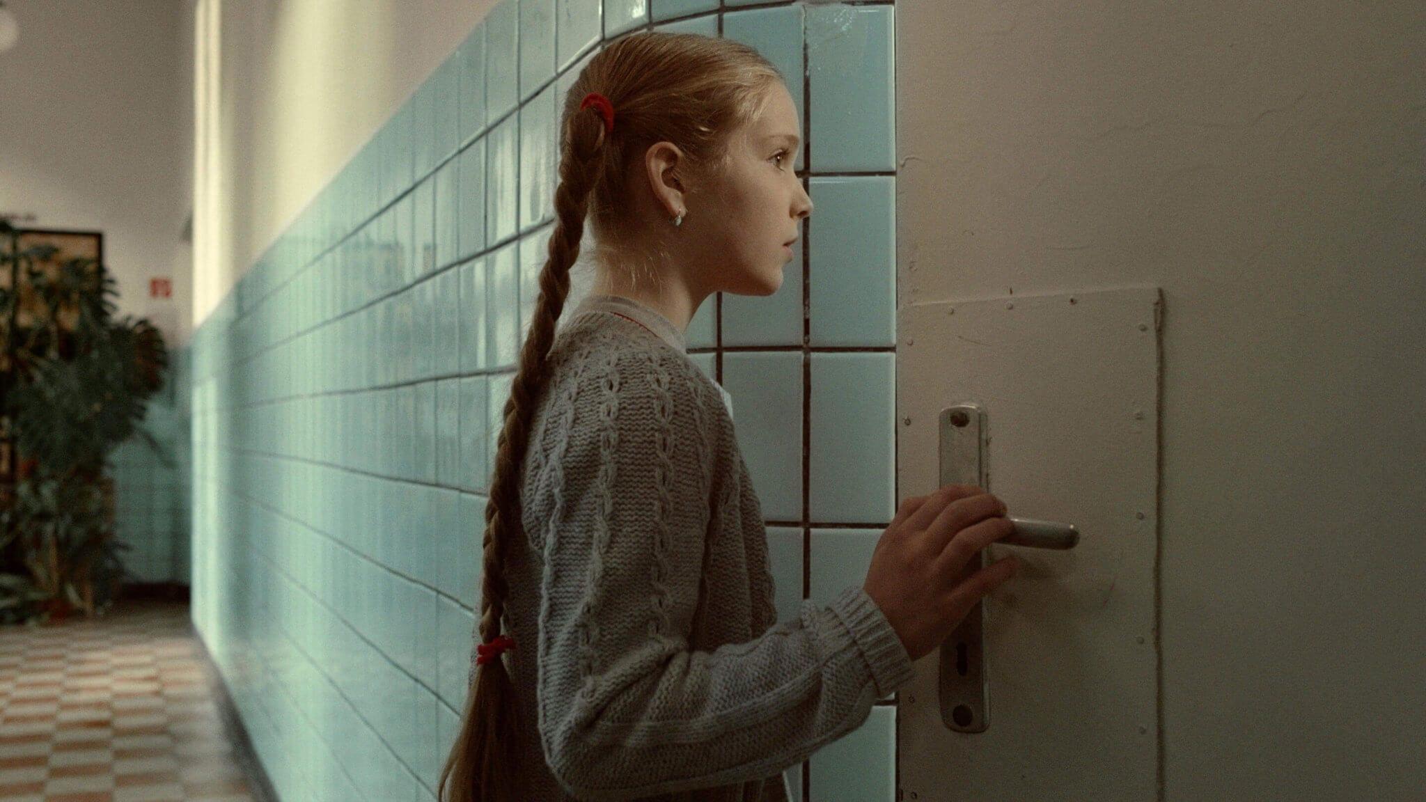 Sing (Mindenki) - Oscar Shortlisted Short Film - Review - Indie Shorts Mag 1