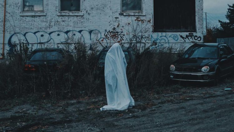 5 Horror Films To Watch On A Sleepover With Your BFF! - Short Film List - Indie Shorts Mag