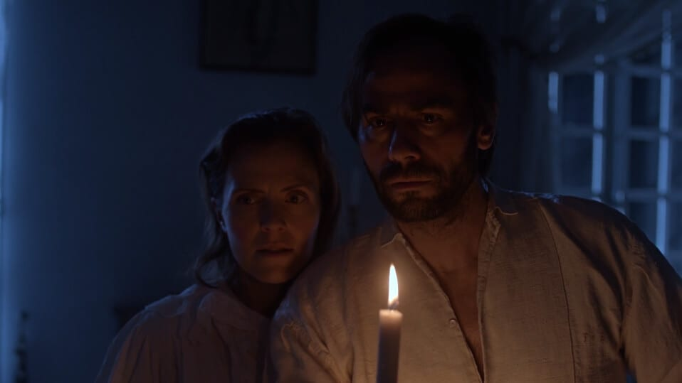 Le Linceul - Horrifyingly Reminds You To Never Play With The Dead_ - Short Film Review - Indie Shorts Mag 2