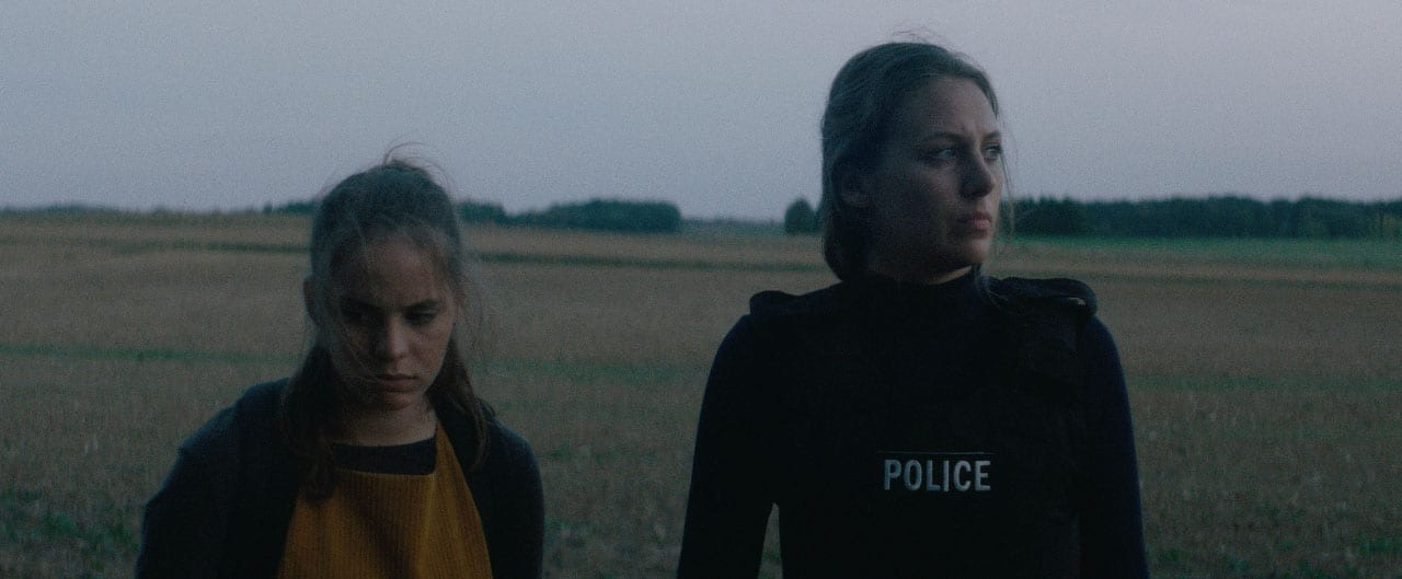 Une Paire de Jumelles (The Binoculars) - Short Film Review - Indie Shorts Mag